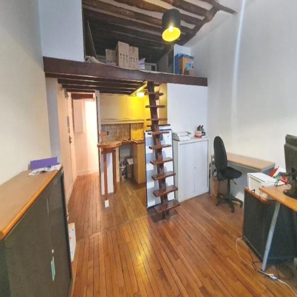 Offres de location Studio Paris 75003